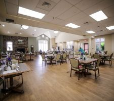 Dining-Room-View-at-Hearthside-Senior-Living
